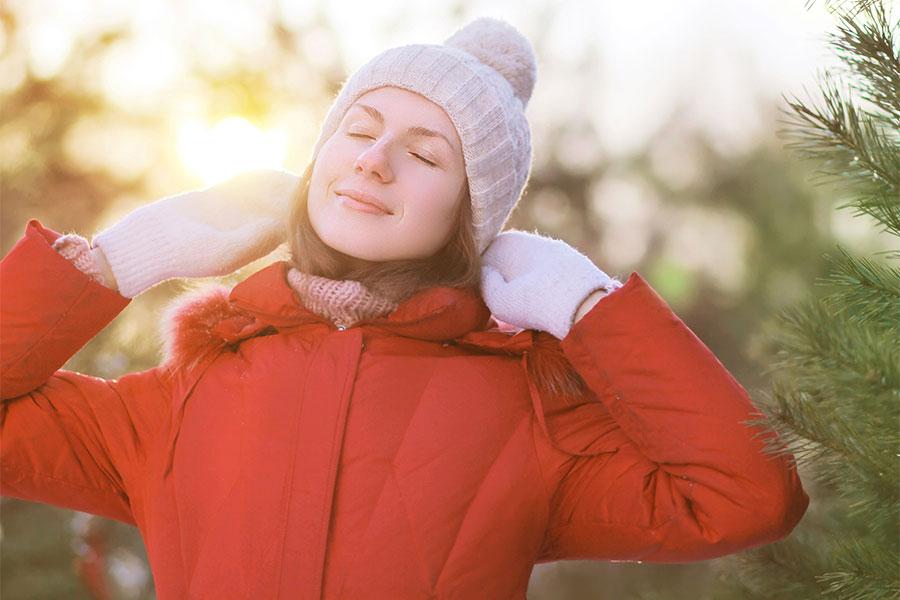傳統中醫重視陽光對人體健康的作用,認為常曬太陽能助發人體的陽氣,特別是冬季。(Fotolia)