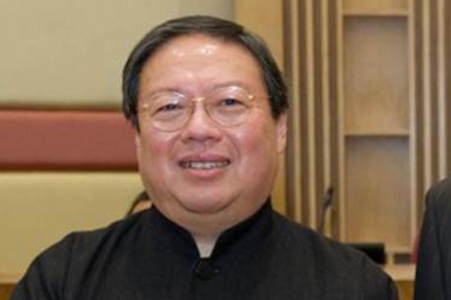圖為前香港民政事務局局長、前全國政協委員何志平。(香港中華能源基金會)