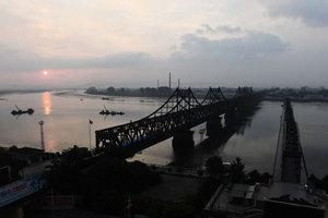 北韓要斷糧?中方切斷中朝貿易通道友誼橋