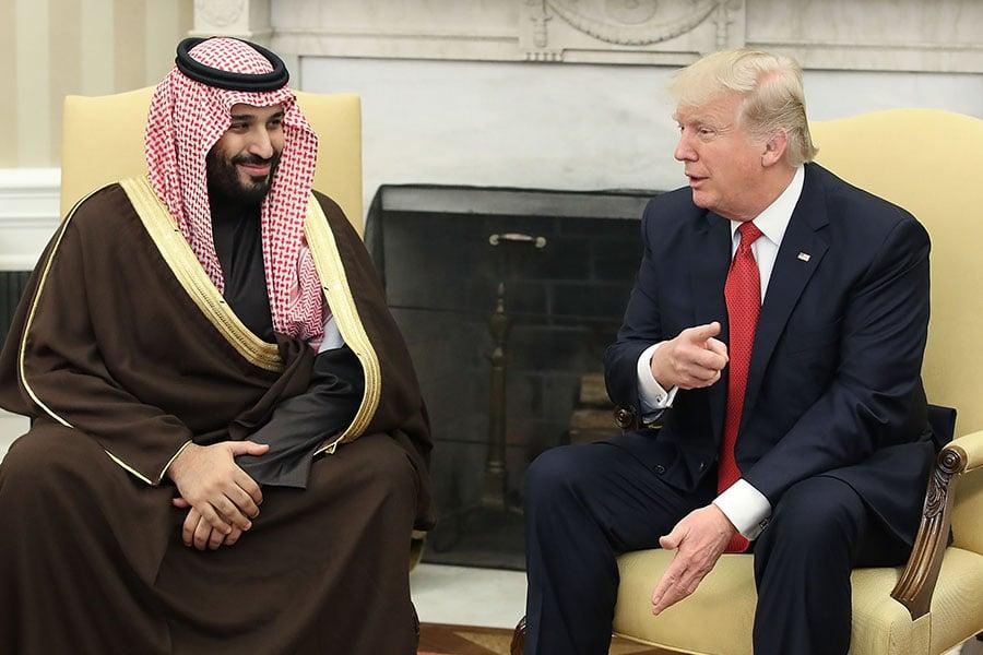 穆罕默德在今年3月份對華盛頓的訪問,沙特方面給予了高度的評價。穆罕默德和特朗普討論了兩國的共同敵人伊朗及打擊伊斯蘭國的戰鬥。(Mark Wilson/Getty Images)