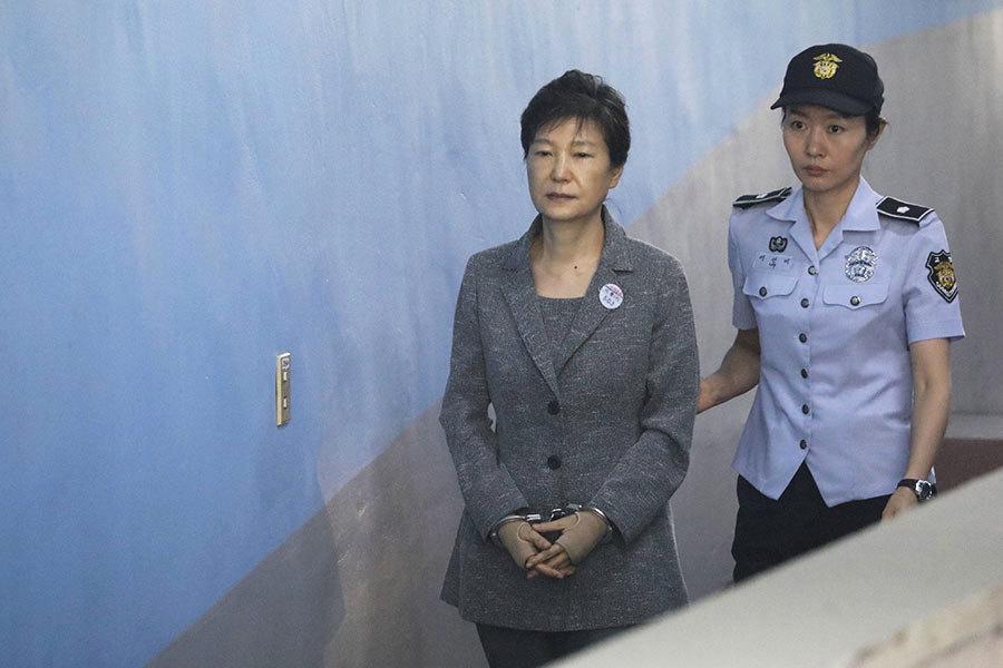 朴槿惠缺席庭審 法院28日再開庭