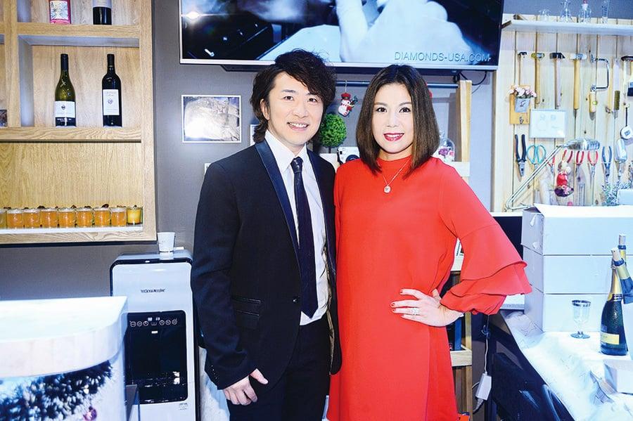 結婚16周年  張崇德送劉美娟專利鑽戒