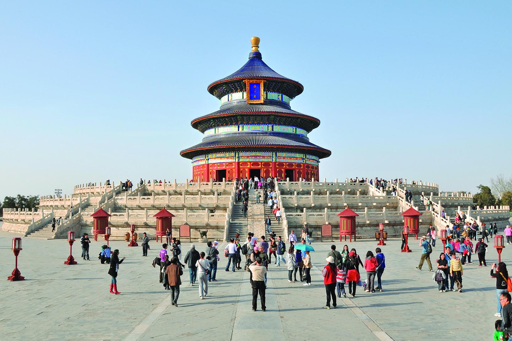 天壇是中國現存規模最大的祭祀建築群。明、清兩朝帝王在這裏祭天、祈穀、祈雨。圖為祈年殿。(公有領域)