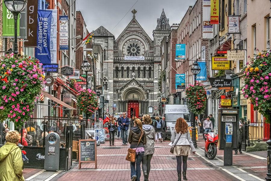 愛爾蘭政府日前發出警告,如果英國政府無法就北愛爾蘭邊界問題提出解決方案,愛爾蘭將以強硬姿態拖延「脫歐」談判。圖為都柏林。(iStock.com/jamegaw)