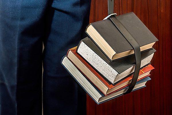 媒體作家Lisa Wells說,高考生不必太擔憂成績。(Pixabay)