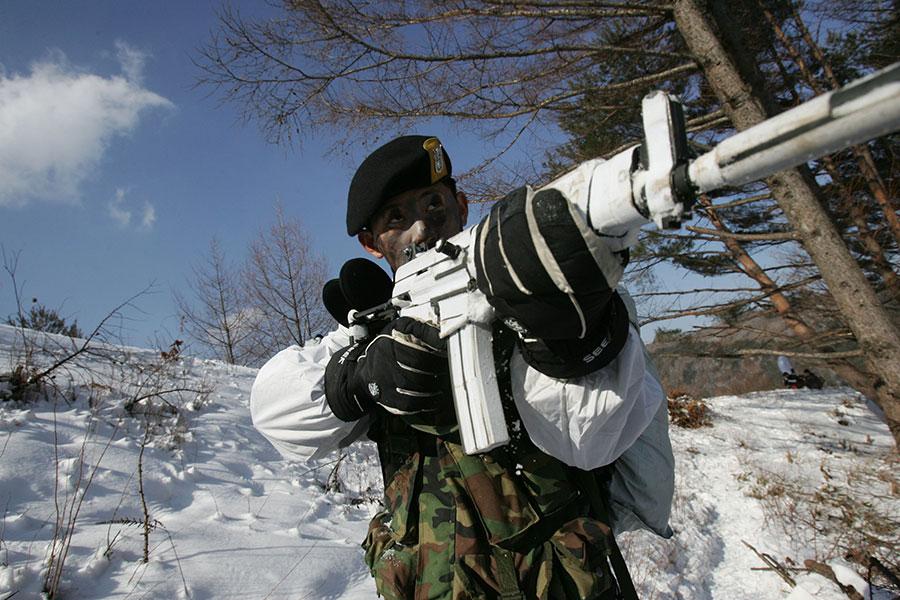 圖為南韓一特種兵。(Chung Sung-Jun/Getty Images)