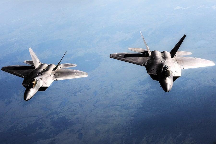 美F-22戰機敘上空攔截俄戰機 對峙40分鐘