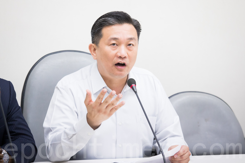 近年來屢見共諜輕判的問題,台灣立委王定宇等人4日提案修正刑法外患罪。圖為民進黨立委王定宇。(陳柏州/大紀元)