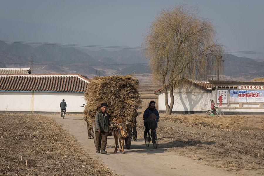 2017年11月22日,北韓利原郡附近一景。(ED JONES/AFP/Getty Images)