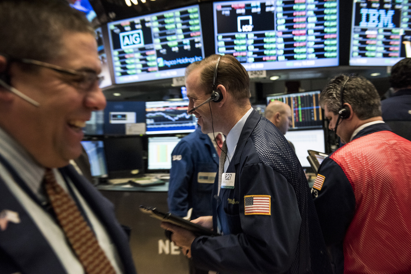 圖為紐約交易所大廳。(Andrew Renneisen/Getty Images)