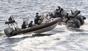 金正恩要水中撈「子彈」日本海岸頻現鬼船
