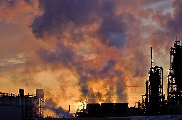 中共推行「煤改氣」後,各地天然氣供不應求,價格極速飆升,部份地方政府開始「限氣」。(Fotolia)