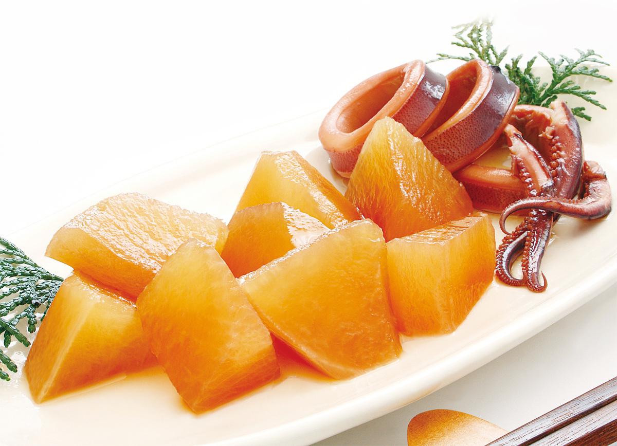 日本料理蘿蔔煮魷魚。(iStock.com)