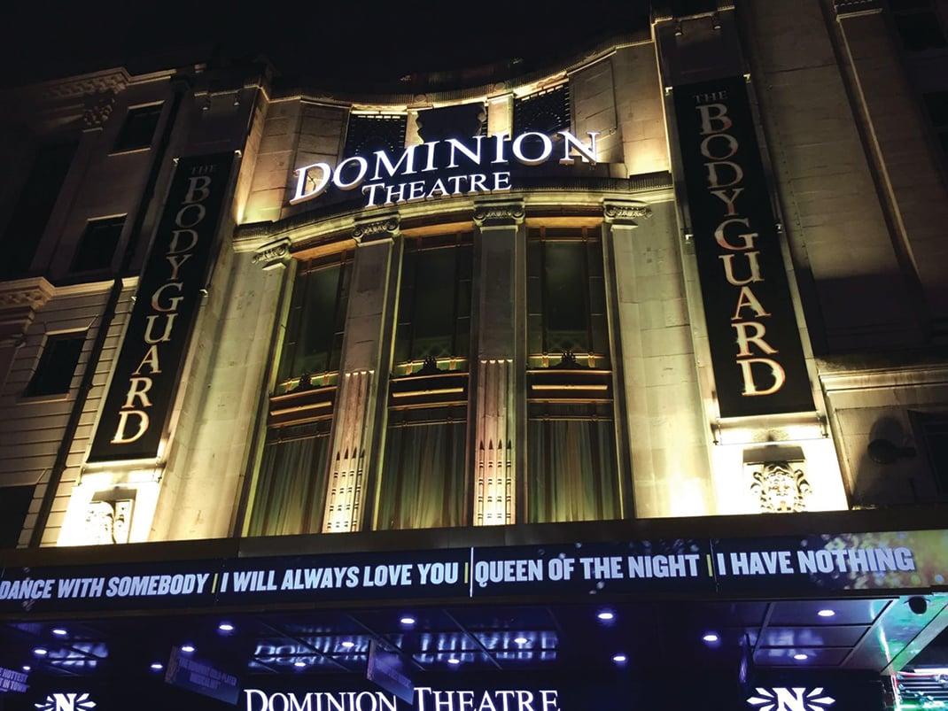 神韻藝術圖將於2018年2月份在倫敦上演10場演出。圖為神韻演出的多米尼恩劇院(Dominion Theatre)。(維基百科)