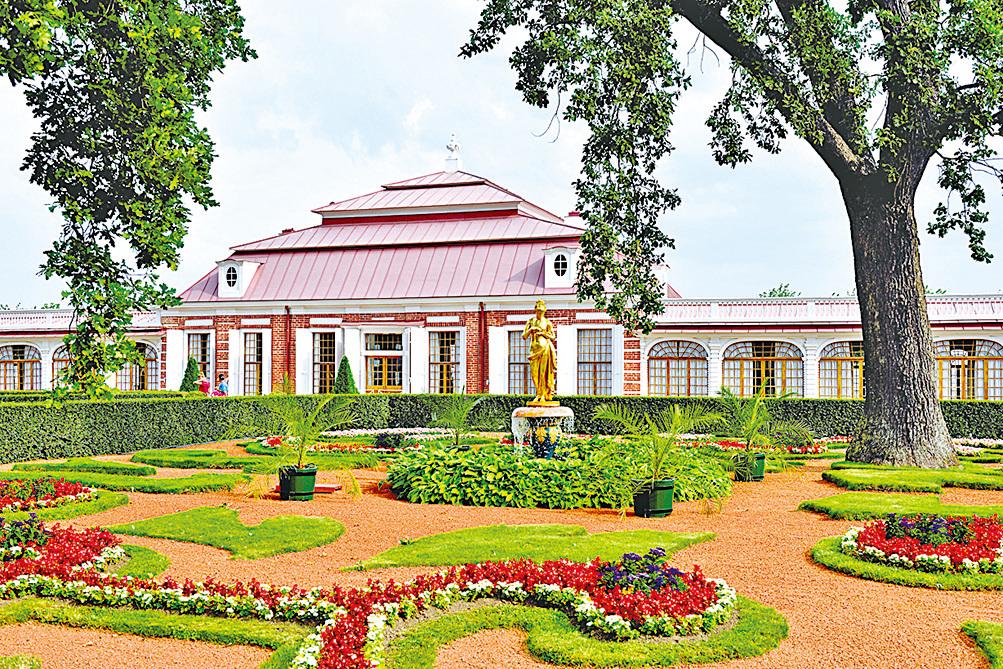 蒙普拉吉宮。
