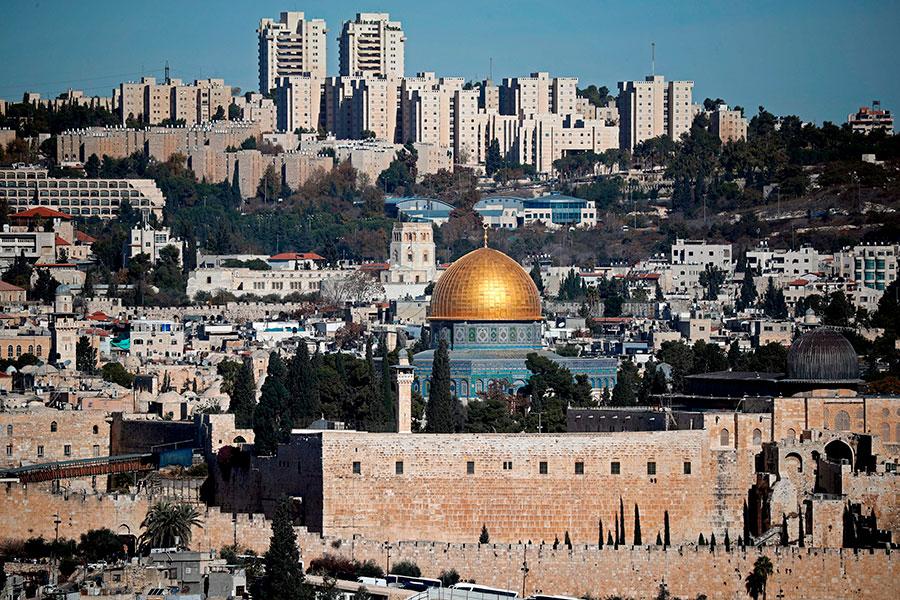 以色列準備將耶路撒冷哭牆附近的車站命名為特朗普,以感謝特朗普宣佈將美國大使館從特拉維夫遷往耶路撒冷的「勇敢決定」。(THOMAS COEX/AFP/Getty Images)