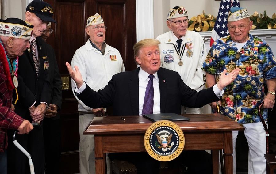 珍珠港事件76周年 特朗普簽「國家紀念日」