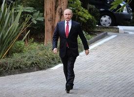 普京突訪敘利亞 下令撤回駐敘大部份俄軍