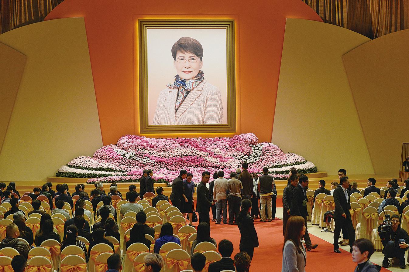方逸華追思會在邵氏影城舉行,眾多藝人出席。(宋碧龍/大紀元)