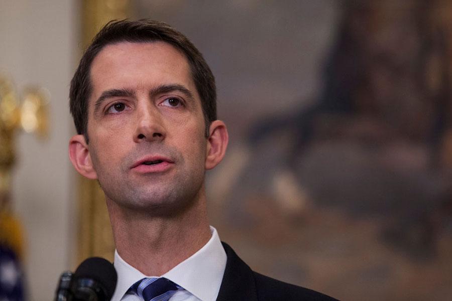 美國參議員湯姆・科頓(Tom Cotton)周一表示,他敦促特朗普總統和美國國會增強與台灣政府的軍事合作。(Getty Images)825587454