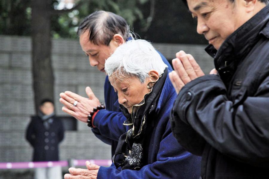 南京舉辦大屠殺公祭 大批警察戒嚴