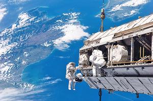 國際空間站外發現活細菌 NASA擬調查