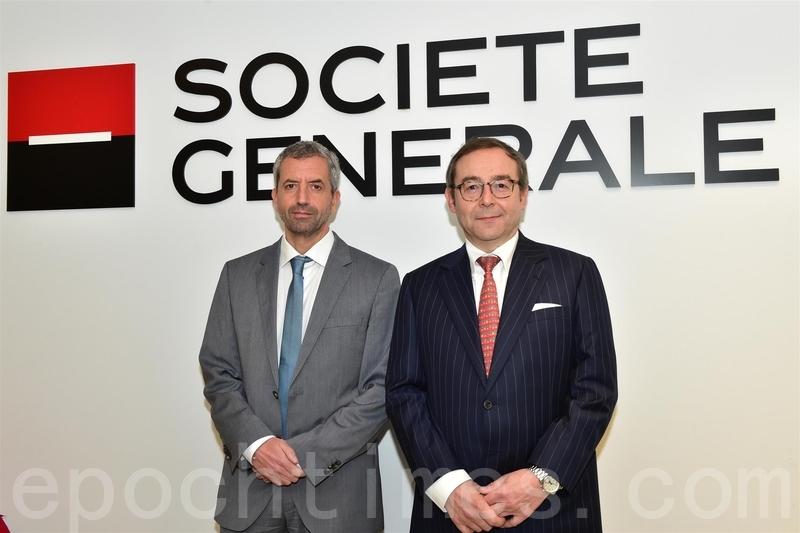 法興銀行全球首席經濟師Klaus Baader(左)和亞洲股票策略主管Frank Benzimra。(郭威利/大紀元)
