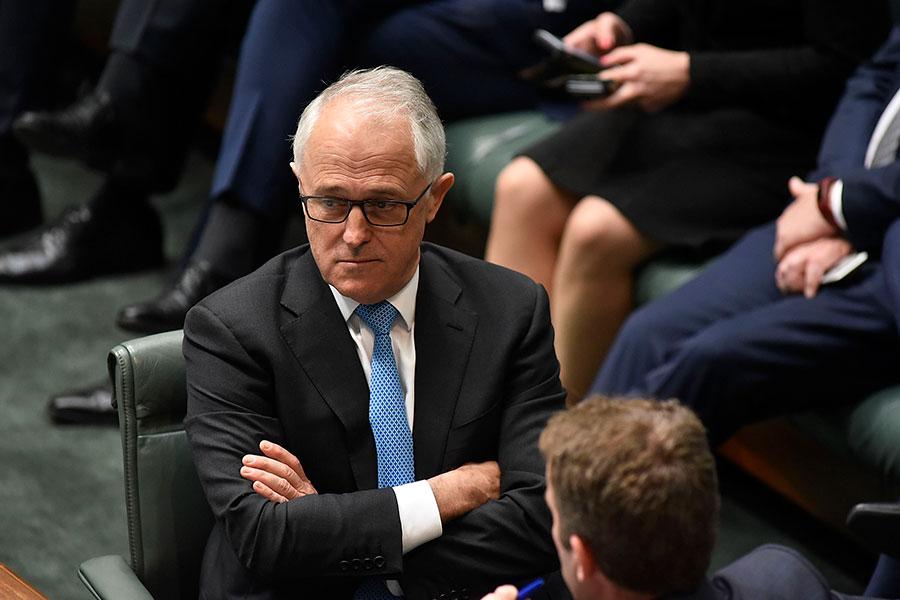 澳洲總理特恩布爾日前批評中共干涉澳洲內政。之後,特恩布爾否認自己「反華」,並說:「我還有個中國兒媳婦。」圖為澳洲總理特恩布爾12月7日在澳洲國會大樓。(Michael Masters/Getty Images)