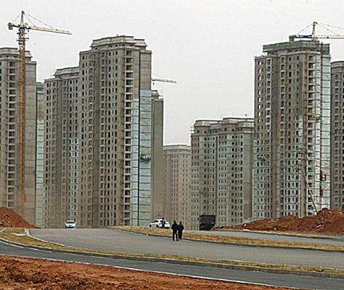 有美國媒體稱,中國樓市反彈有泡沫,在建的房屋面積已足夠賣6年。(網絡圖片)
