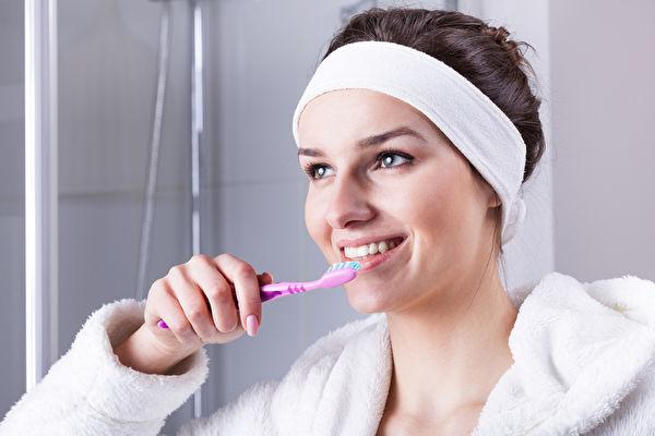 牙齒冷光美白前 你必須知道的5點危害