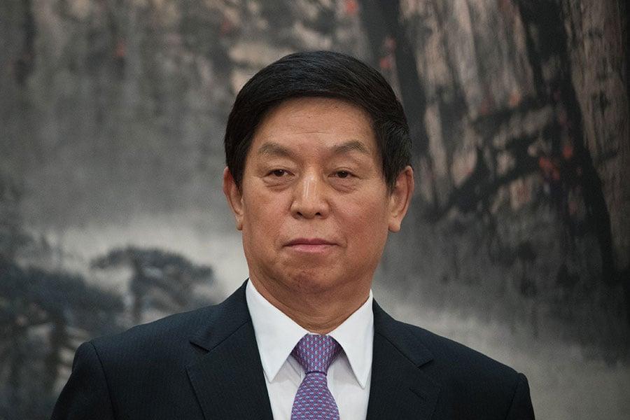 在中共十九大入常後,與其他常委相比,栗戰書鮮少單獨出席公開活動。(Lintao Zhang/Getty Images)