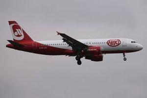 柏林航空子公司尼基破產 上萬乘客回家難