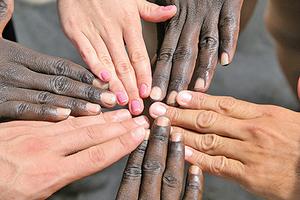 新研究:以膚色論種族或為 錯誤觀念