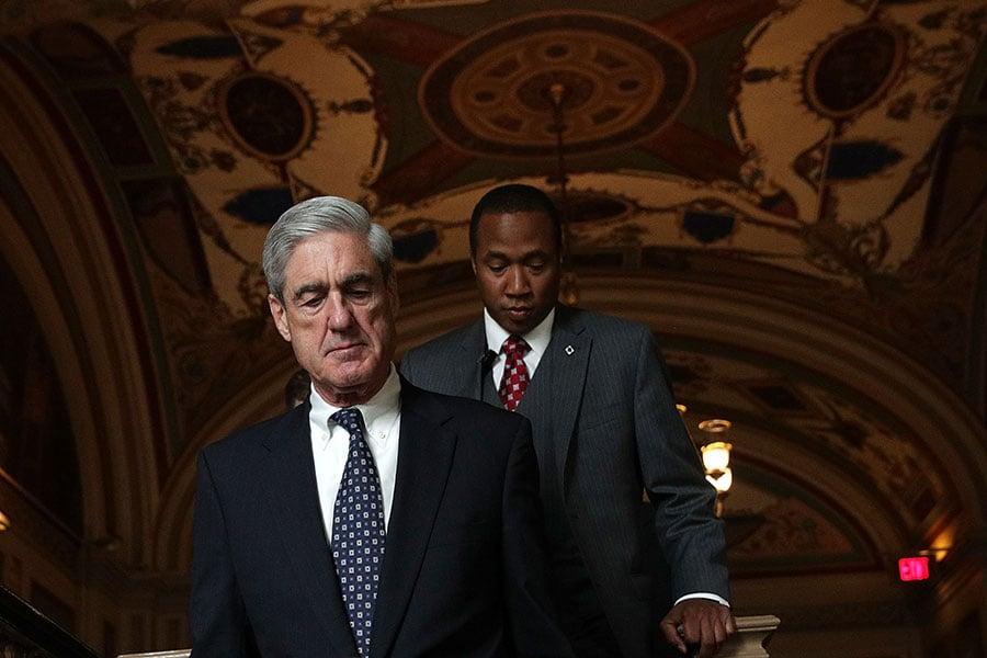 1月18日,多位眾議員要求公開一份機密文件,因為它將揭露了奧巴馬政府抹黑總統特朗普通俄的醜聞,嚴重程度堪比水門事件。圖為負責通俄門調查的特別檢察官特別檢察官穆勒(Robert Mueller)。(Alex Wong/Getty Images)