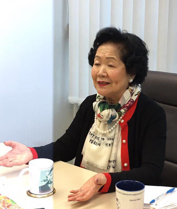 香港2020召集人、前政務司司長陳方安生昨日與傳媒茶聚,談到修改《議事規則》、中共釋法和23條立法等。(大紀元)