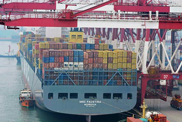 西方試圖在中國入世後改變中共,但貿易和經濟上中共與西方的裂痕正在形成、擴大。(AFP)