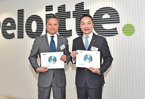 左起德勤中國全國上市業務組聯席領導合夥人紀文和、歐振興。(郭威利/大紀元)