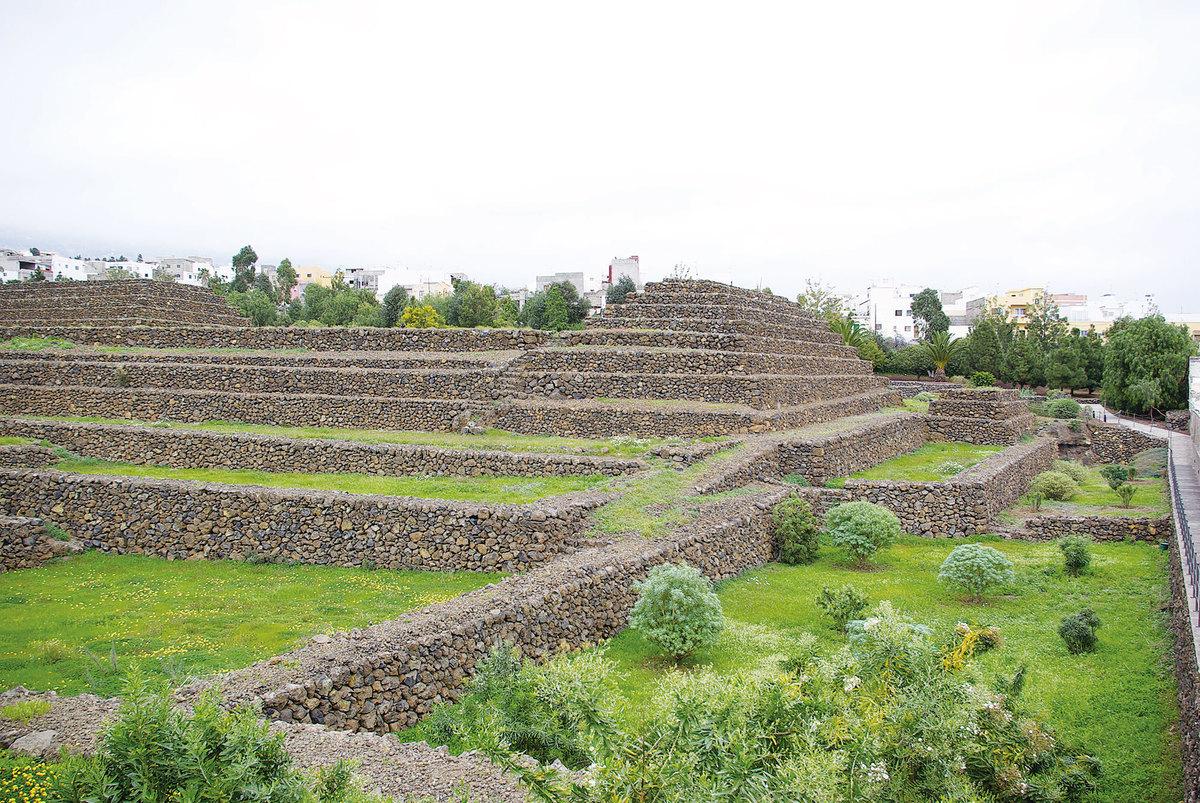 瑰瑪金字塔。(維基百科)