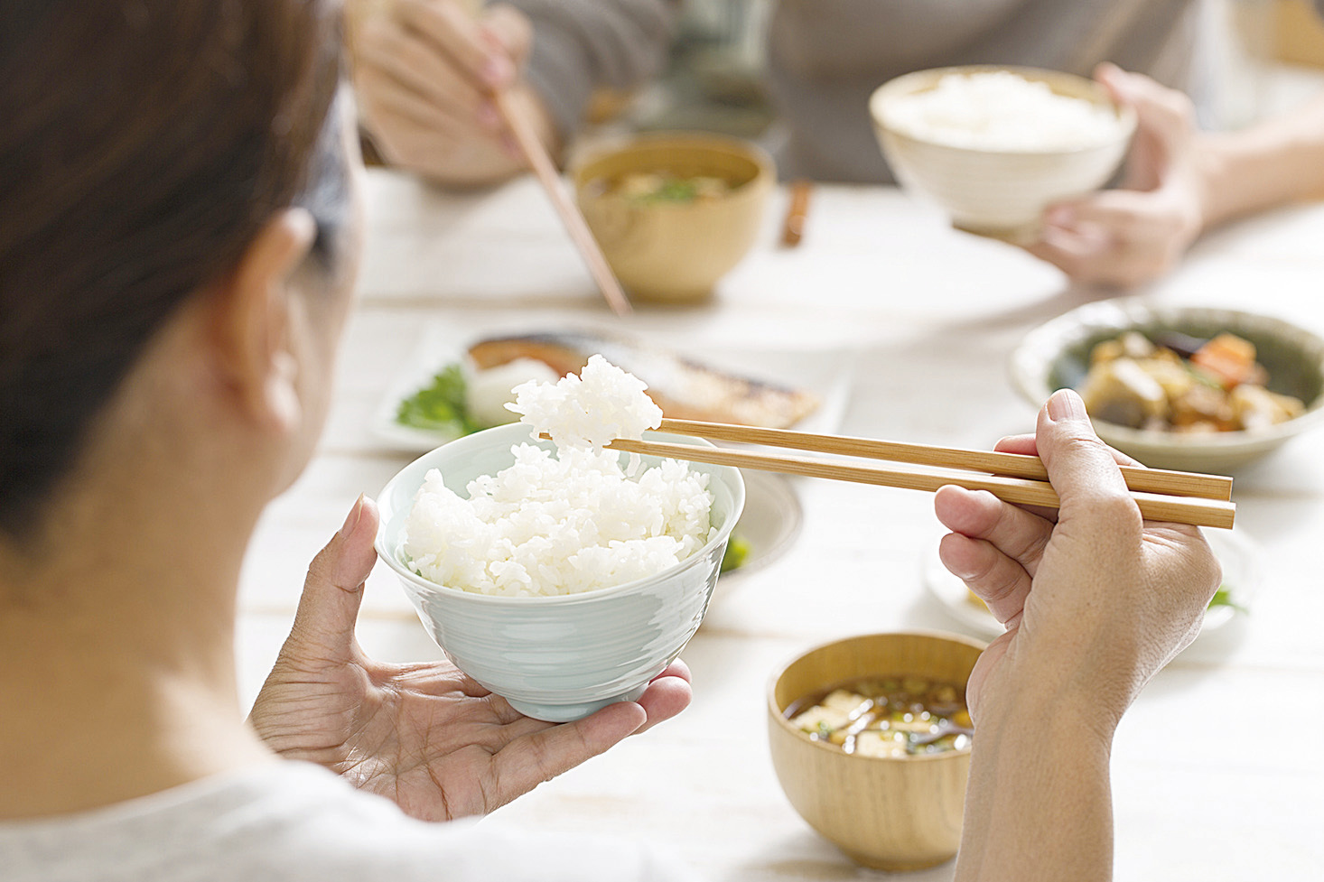 日本飲食清淡,加上吃應季和新鮮的東西,符合自然之道,因此毫不費力,就獲得最健康的吃法。(Fotolia)