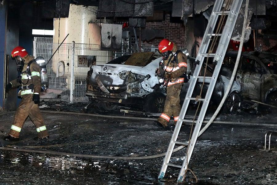大火造成29人死亡,26人受傷,是南韓最致命的火災之一。其中大部份人在桑拿浴室內遇難。(Choi Hyeok-Jung/Donga Daily via Getty Images)