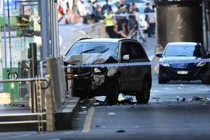疑恐襲 墨爾本汽車撞人群多人傷