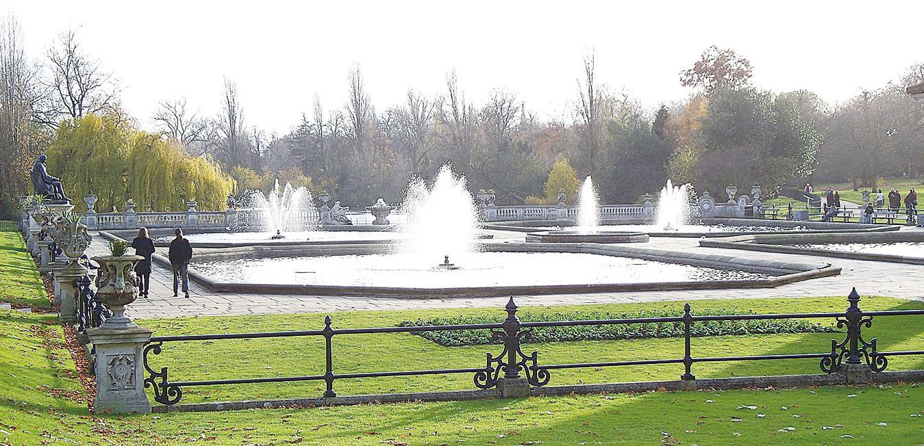 肯辛頓公園內的意大利花園。(維基百科)