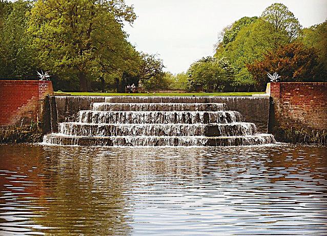 灌木公園(Bushy Park)內的水園。(Pixabay)