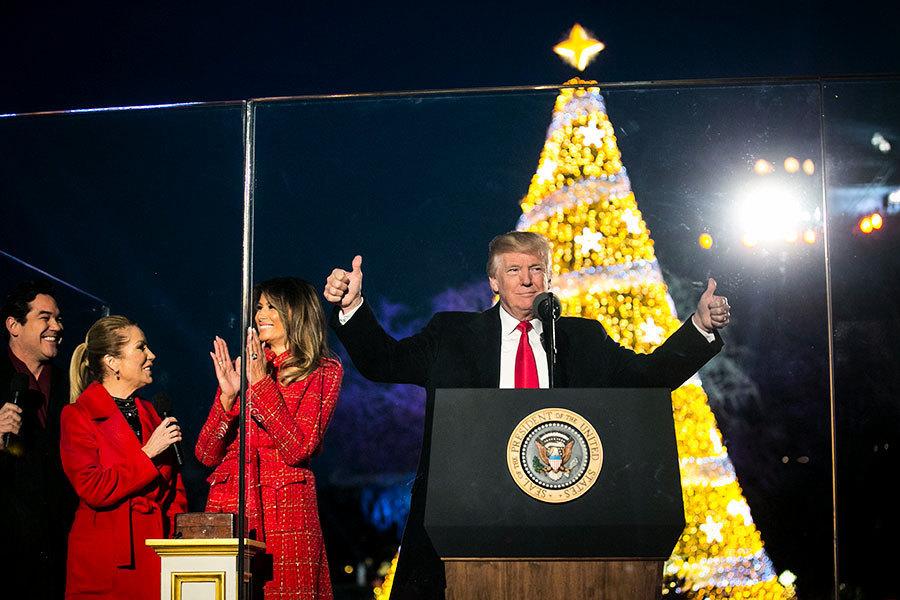 電視廣告謝特朗普:讓我們再說「聖誕快樂」