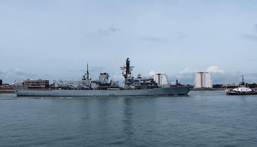 英國海軍表示,俄羅斯海軍的戈爾什科夫海軍元帥號軍艦(Admiral Gorshkov)在北海靠近英國水域的海域經過時,英國皇家海軍的聖艾班斯號護衛艦(HMS St Albans)對其進行了監視。圖為聖艾班斯號護衛艦。(視像擷圖)
