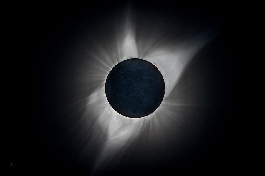 日食。(Bernd Thaller/Flickr)