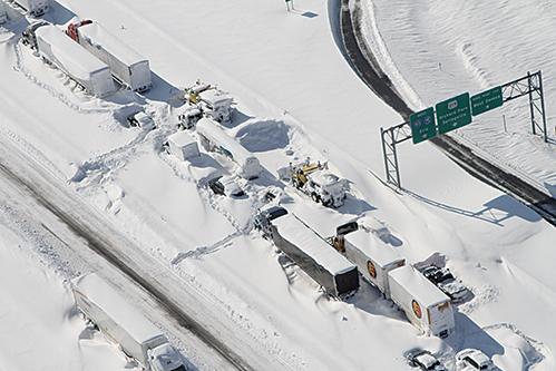 大雪破紀錄 美賓城如棉花糖世界