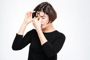 遠離常見眼病  多吃這八種營養素