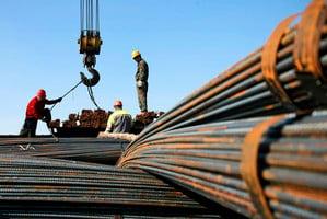 螺紋鋼跌3.7%期貨貼水擴大