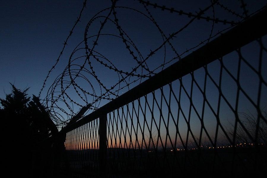 人權觀察報道,逃到中國的北韓人被強行遣返,回國後被施以酷刑,當局對其在中國的活動進行嚴厲訊問。(Chung Sung-Jun/Getty Images)